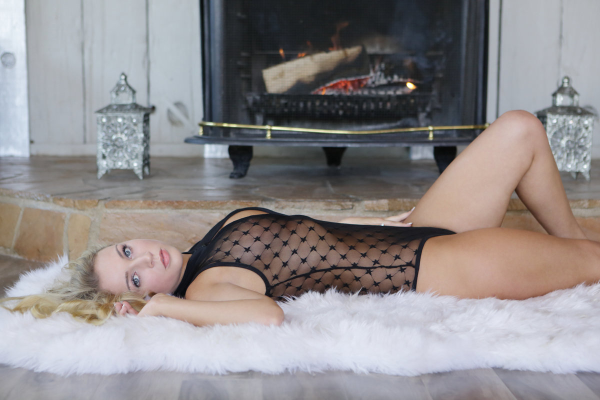 X-Art.com - Zoey Taylor: Perfectly Taylored